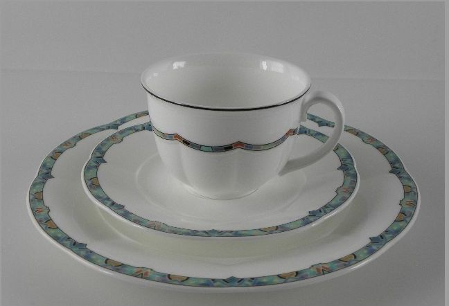 villeroy boch izmir bone china porzellan 3 tlg kaffeegedeck kaffee gedeck top ebay. Black Bedroom Furniture Sets. Home Design Ideas
