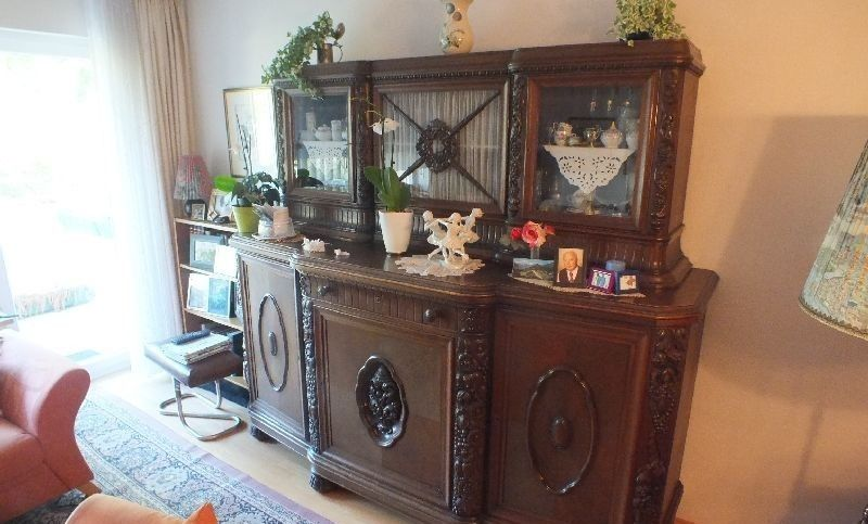 buffet anrichte eiche gr nderzeit eiche massiv facettenschliff ebay. Black Bedroom Furniture Sets. Home Design Ideas