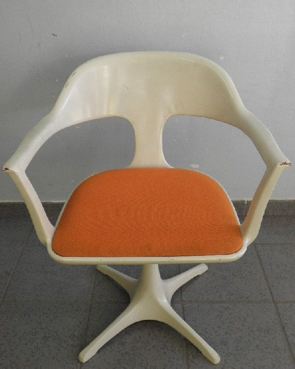 Em stuhl space design 70er jahre emu designstuhl colani for Design stuhl orange